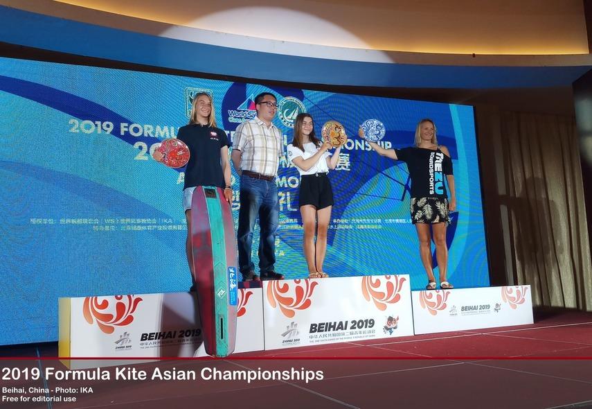 Magdalena Woyciechowska i Julia Damasiewicz najlepsze w mistrzostwach Azji w kiteboardingu